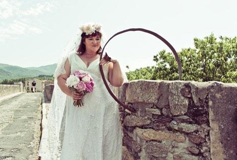 Jina Awusturalyayî di gel pirê zewicî